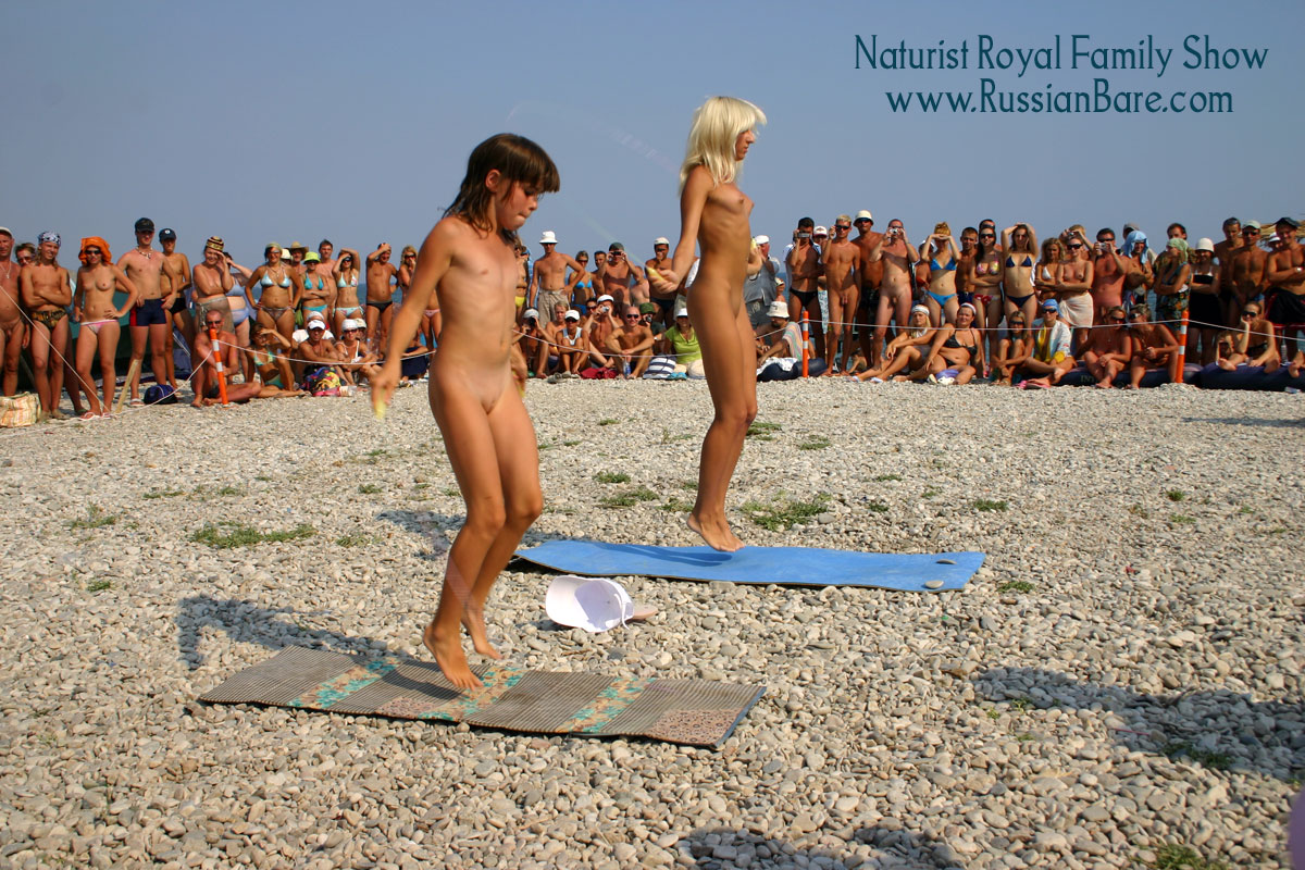 nudists fun