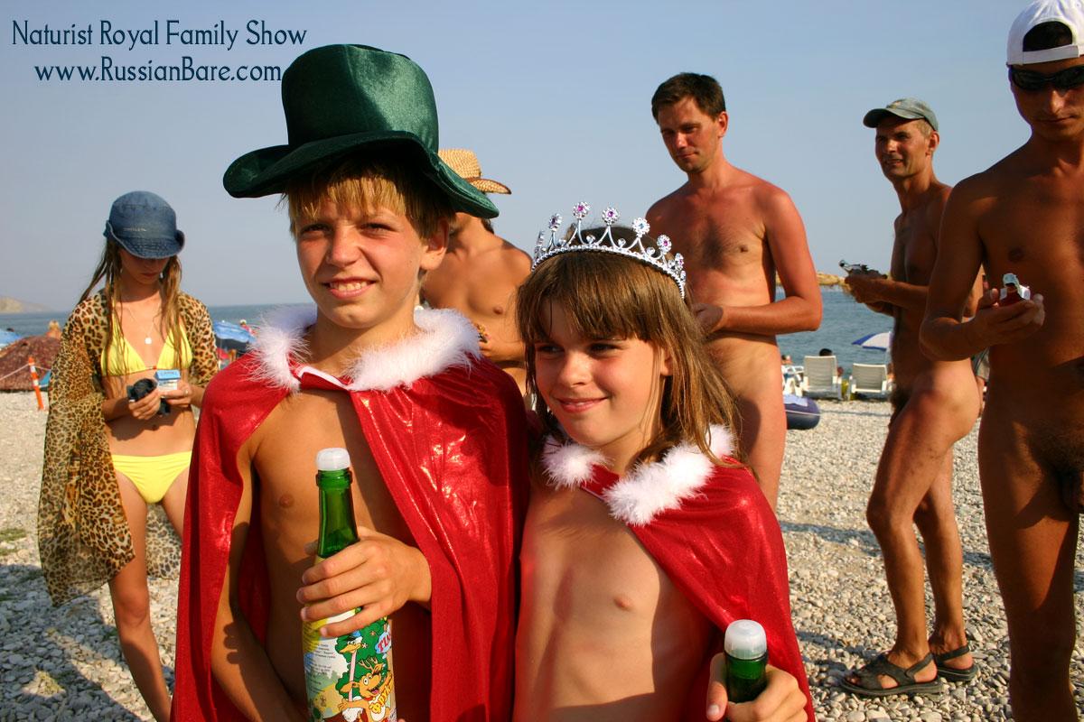 Pure Nudists young girls families nudist beach photos