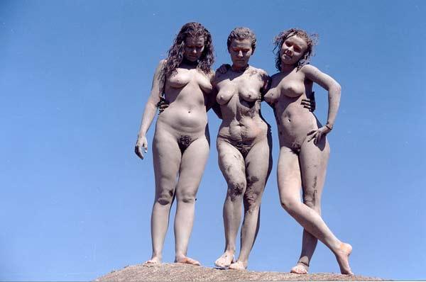 Смотреть видео нудисты - эротика онлайн. . Секс фильмы и клипы жанра голые