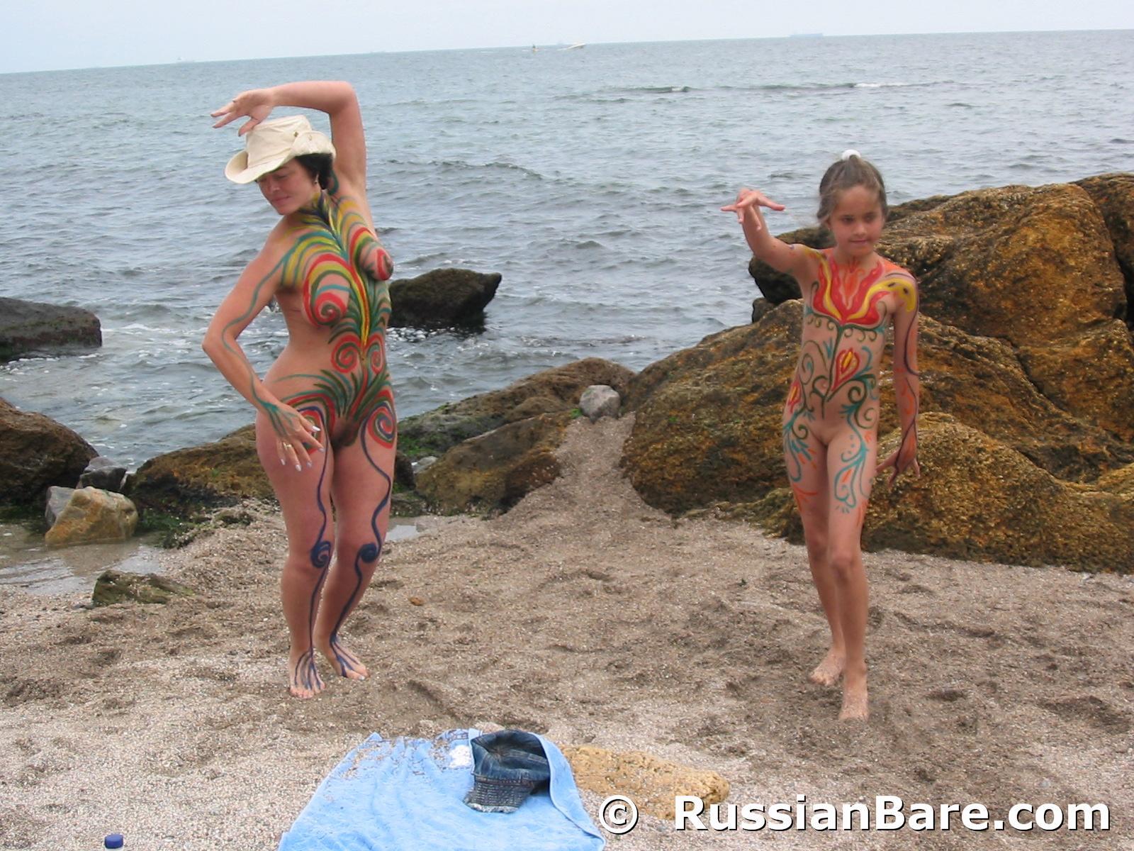Семейный нудизм на украине 1 фотография